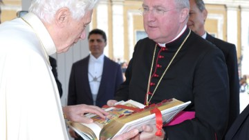 Pope appoints Bishop Arthur Roche to senior role in Rome