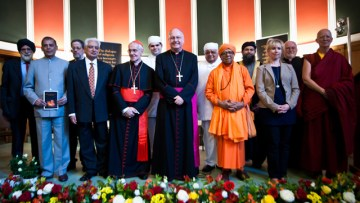 Cardinal Tauran's visit warmly received by people of all faiths