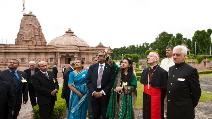Cardinal Tauran visits the Jain Derasar at the Oshwal Centre, Hertfordshire