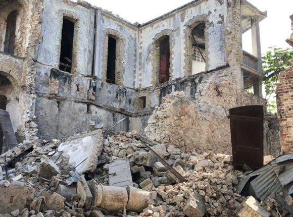 Photo of rubble