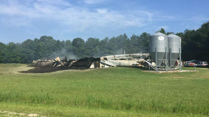 Fire at Eastern NC farm_48417