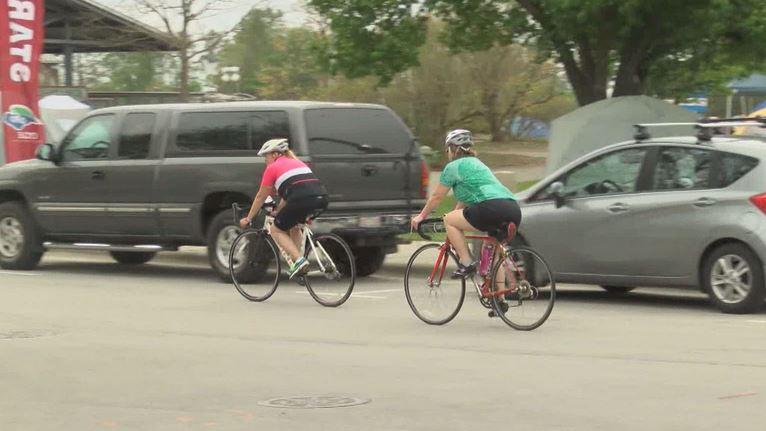 bicyclists_122253