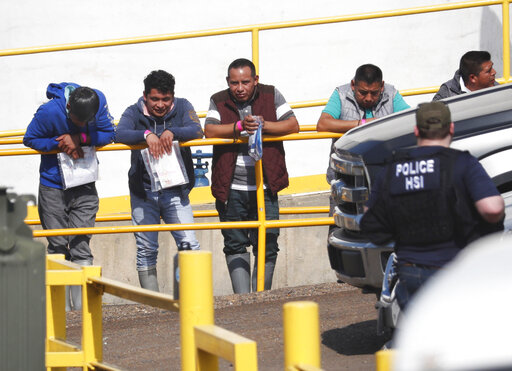 19 bodies hung from bridge or hacked up in Mexico gang feud – CBS 17 com