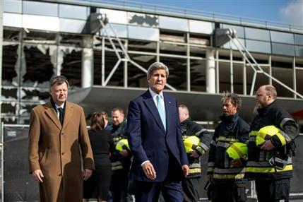 John Kerry, Feist Arnaud_162406