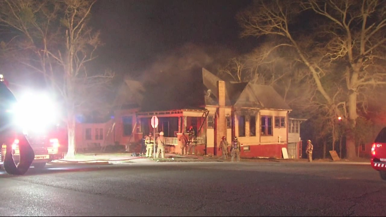 vacant-house-fire-investigation_223293