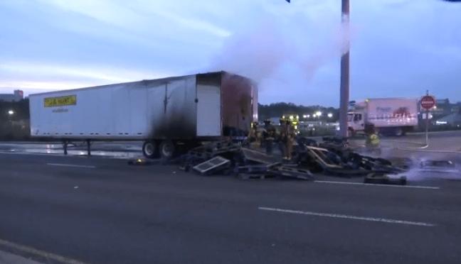 truck fire blocking hwighway 280 traffic_349959