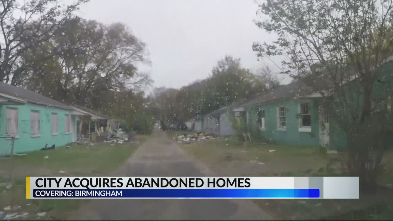 City acquires abandoned homes