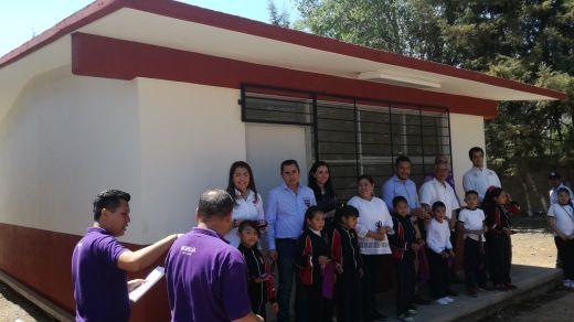 Ayuntamiento de Morelia apoya con aula a primaria de Capula