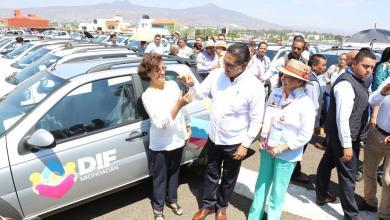 Entrega Gobernador apoyos a sistemas DIF municipales