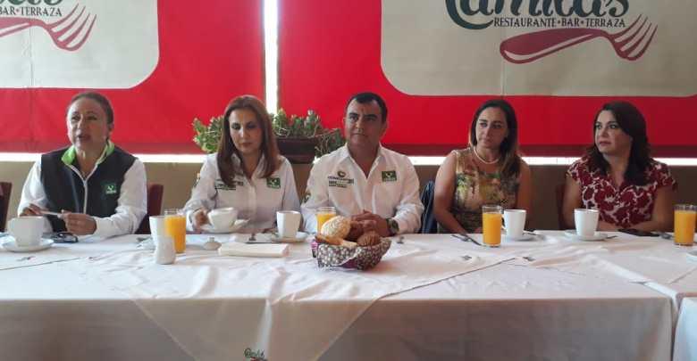 Se reúne sector empresarial femenil con candidatos a la presidencia municipal de Morelia