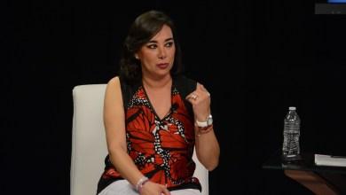 """""""Soy empresaria por eso porto una blusa de 4 mil pesos"""", contesta Kathia Elena a ciudadano en """"Yo quiero Saber"""""""