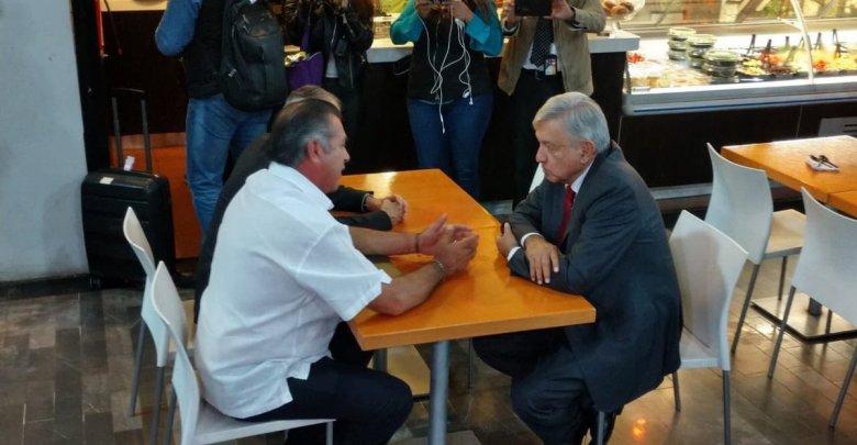 Recibe 'El Bronco' a Obrador en Nuevo León; expresó la disposición de trabajar con él