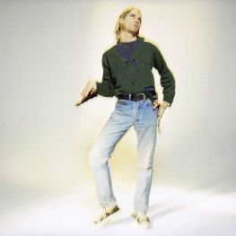kurt cobain being silly on a picture