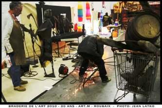 welder at la braderie de l'art roubaix