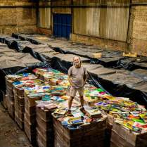 Zero Freitas stand up on his huge vinyl collection