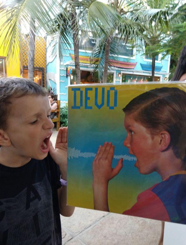 album record of devo