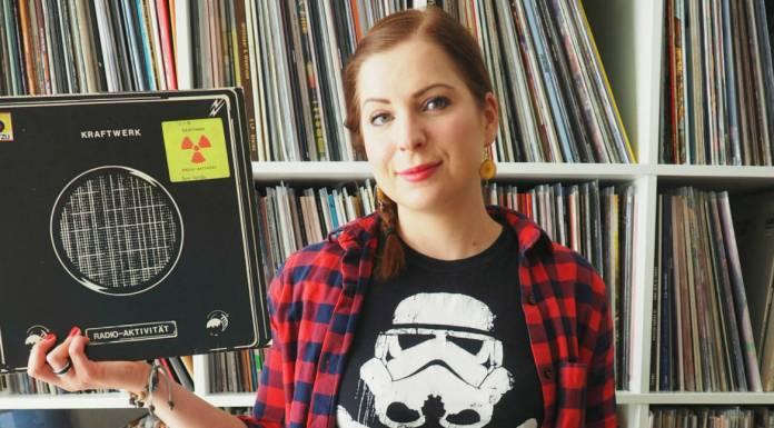 diana holding a record of kraftwerk