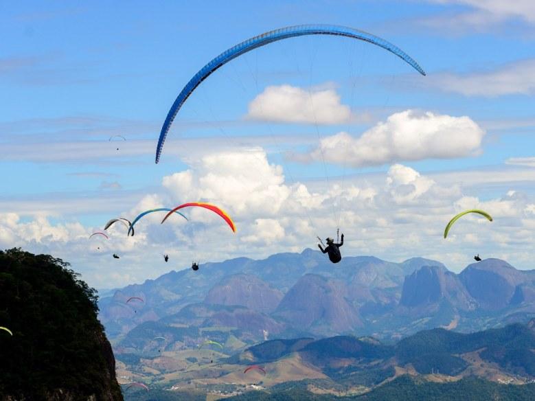esportes de aventura ou radicais - trilhas viagens