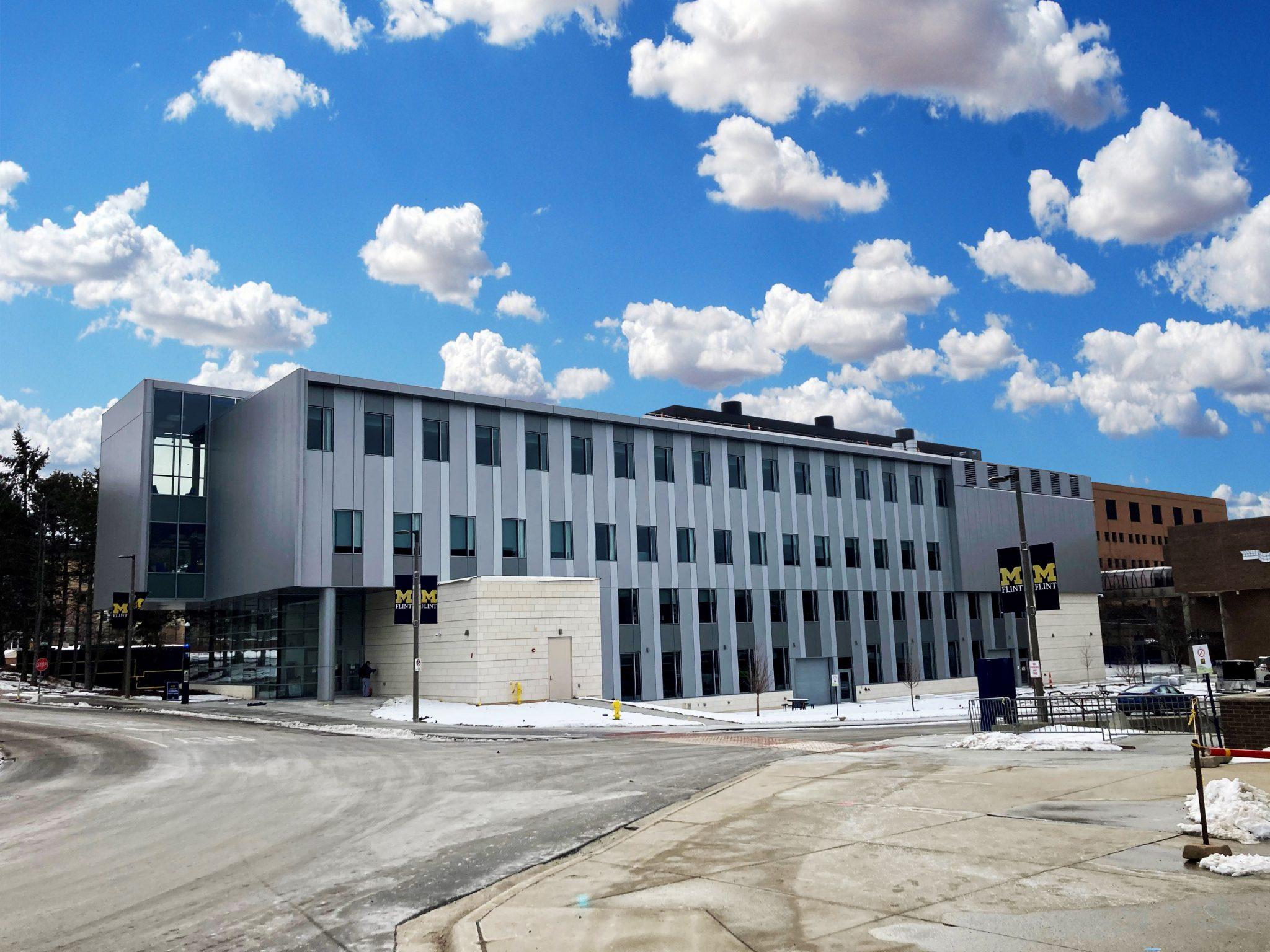 11UM Murchie Hall exterior with snow