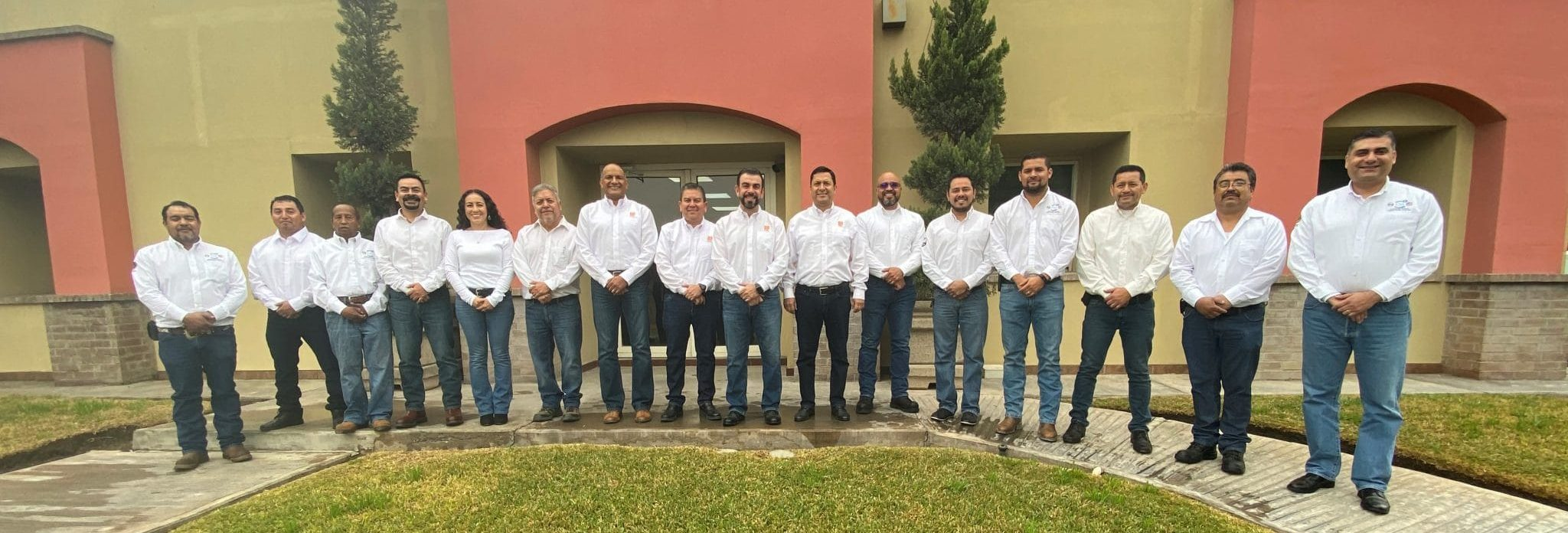 Commercial Contracting Mexico team portrait