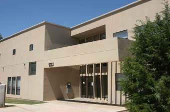 Mannet Apartments $ 1,800,000 22 Unit Apartments Dallas, TX