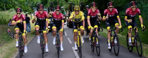 CASTELLI RETURNS TO THE PODIO OF THE BEST COMPETITONS WITH EGAN BERNAL AND TEAM  INEOS