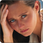 Foto de una mujer con dolor