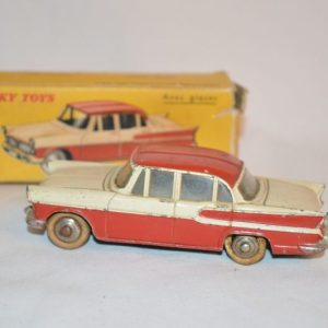 "Dinky Toys: Simca vedette ""Chambord"" 24K"
