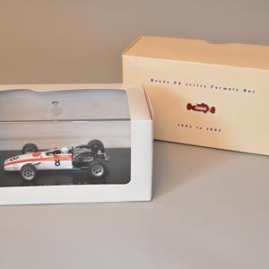 EBBRO - Voiture Miniature - HONDA F1 RA301 - Monaco GP