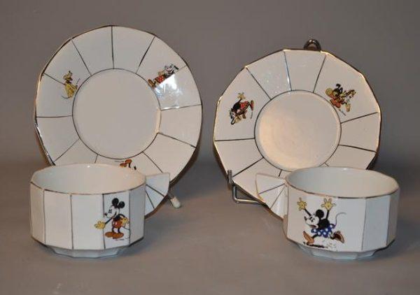 Mickey Mouse en Faïence de Onnaing - tasses et sous-tasses - Walt Disney 1930