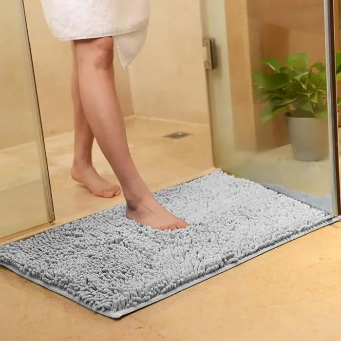 tapis de salle de bain gris