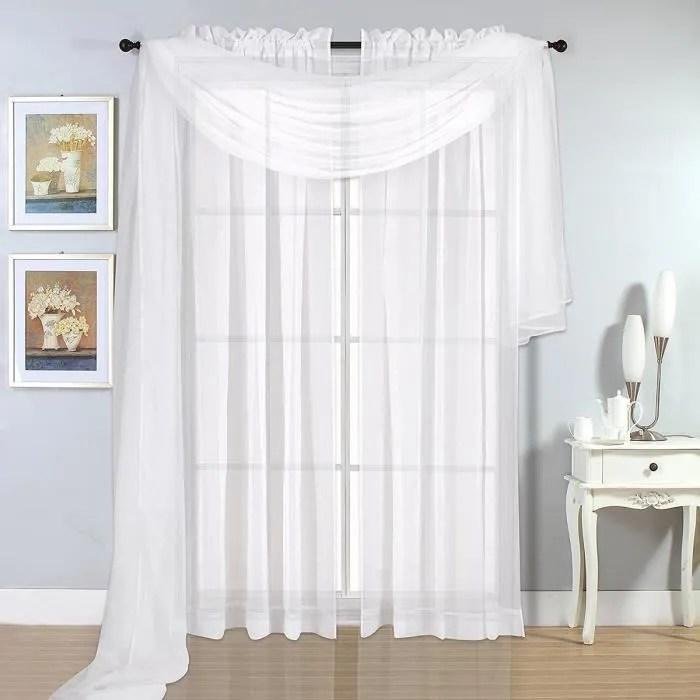neufu rideau de fenetre blanc doux main sentiment