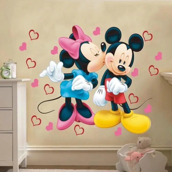 stickers muraux enfant mickey et minnie amoureux