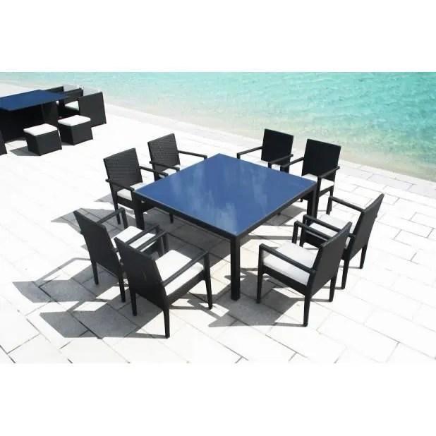 magnifique table carre resine tressee 8