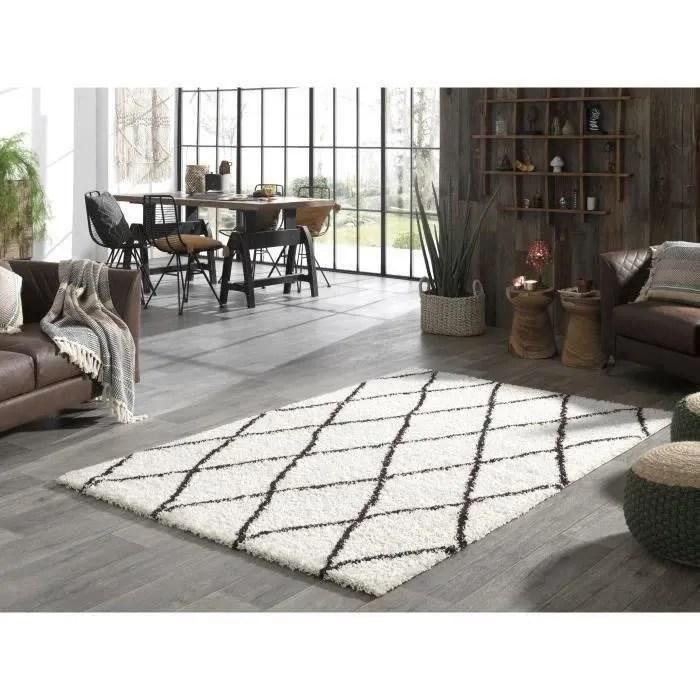tapis beige noir