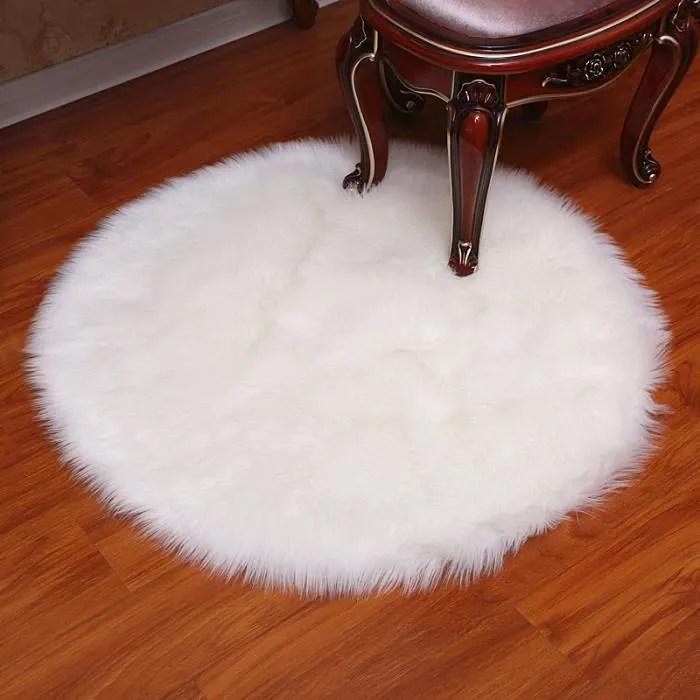 tapis rond pleuche blanc 120 cm diametre fausse fo