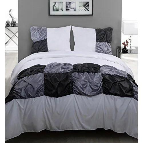 lit simple avec housse de couette