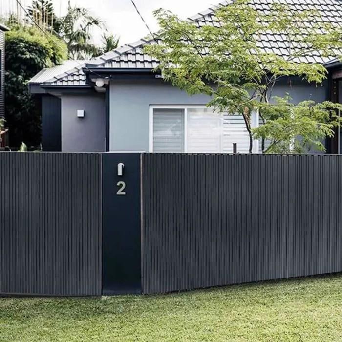 pvc brise vue pour jardin balcon et terrasse res