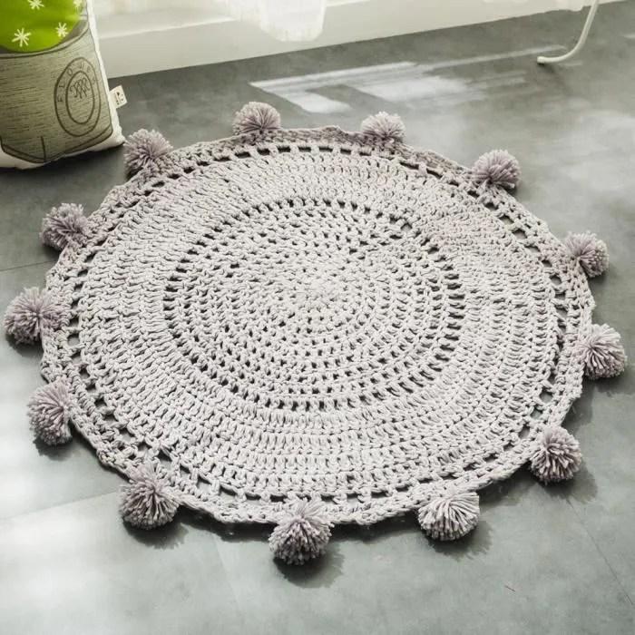 tapis tricote en laine fait a la main