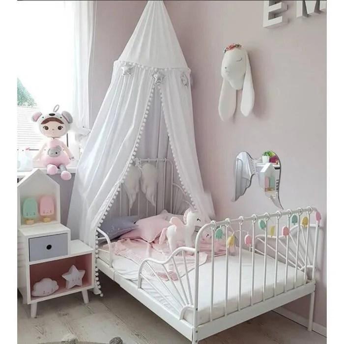 chambre a coucher pour enfants princesse dentelle literie dome rond lit a baldaquin deco filets de lit