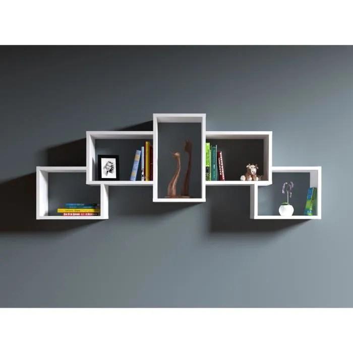 bold etagere murale etagere a livres pour decoration de salon en bois dans un design moderne blanc