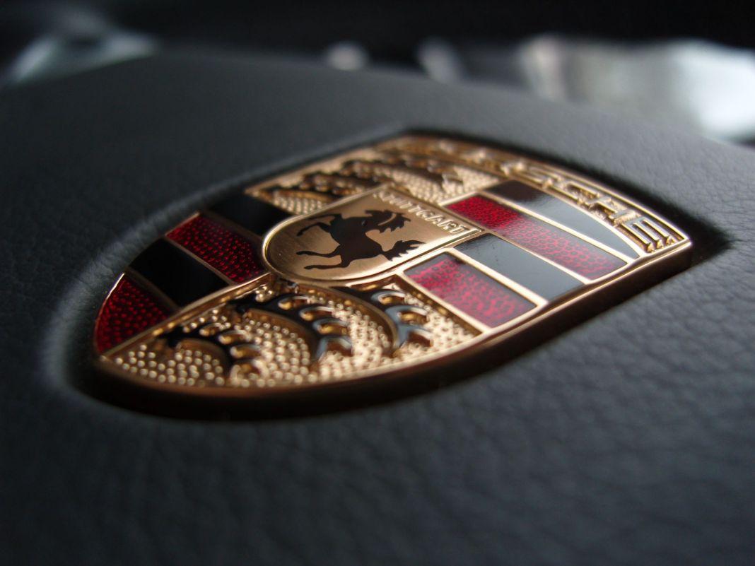 Porsche-symbol.jpg
