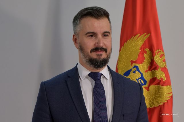 2016-11-28-41.-Vlada-CG-Aleksandar-Andrija-Pejovic-1.jpg