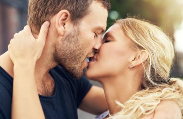 61405612-poljubac.jpg