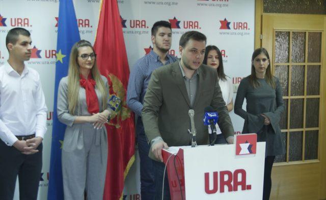 Luka-Rakčević-na-današnjoj-konferenciji-za-štampu-1.jpg