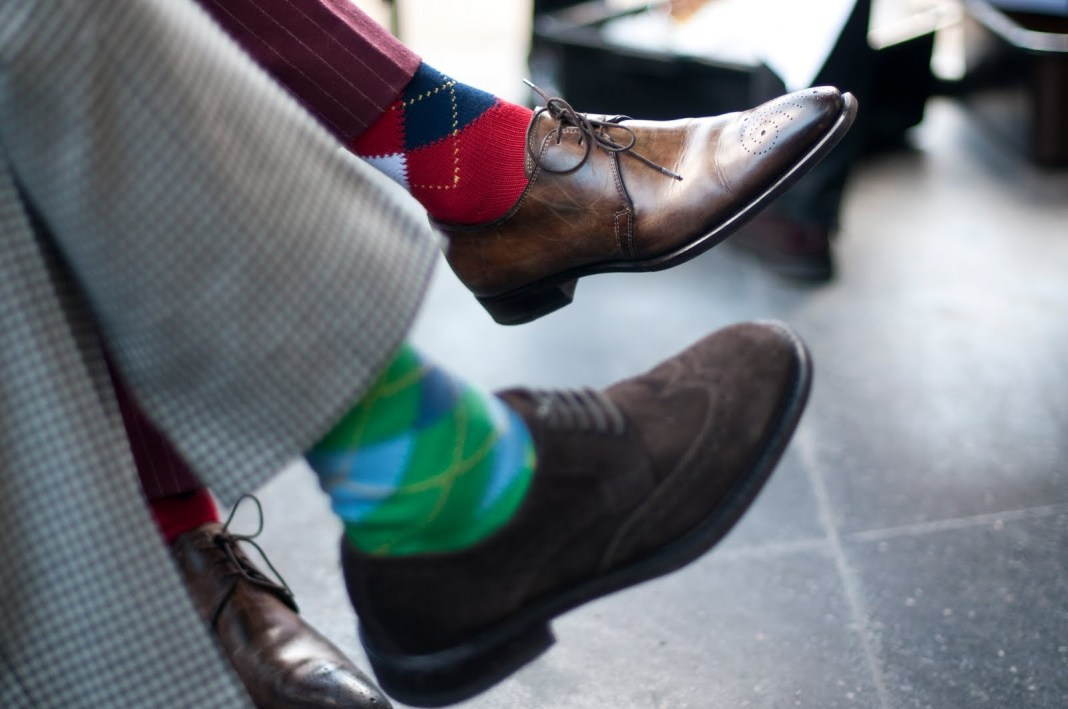 Socks-with-Similar-Patterns-streetstyle-fashion-mens.jpeg