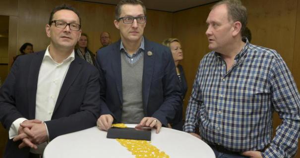 Ernste Mienen gab es bei der CDU: (von links) Markus Töpfer, Marcus Reif und Manfred Weber. Quelle: Höchster Kreisblatt