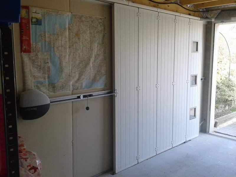Porte De Garage Latrale
