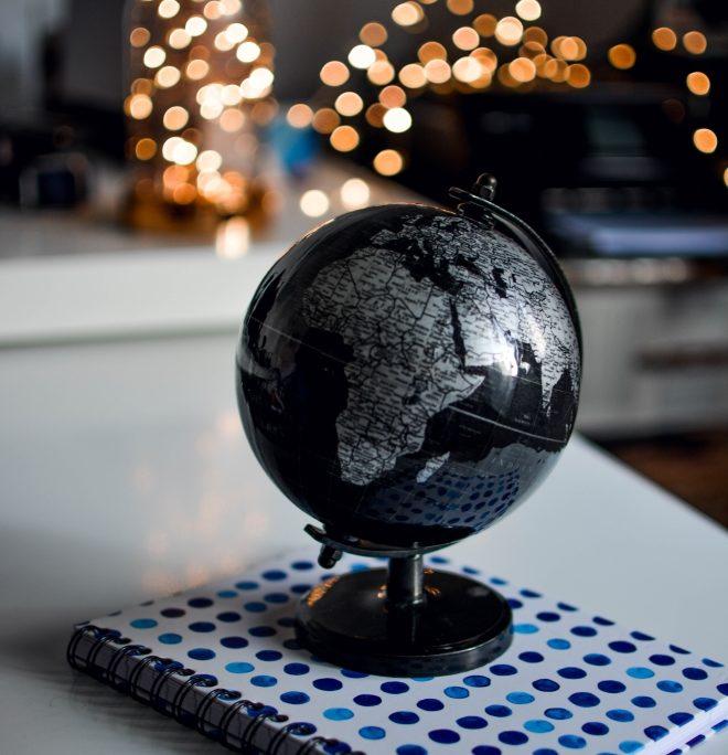 ceardean-education-globe