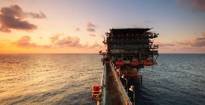 Our expert technicians work onshore and offshore keeping valuable infrastructure moving.